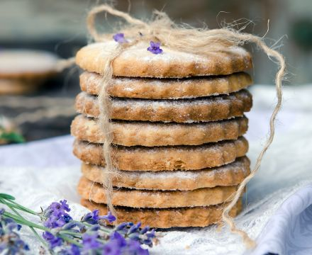 Lavender shortbread biscuit recipe