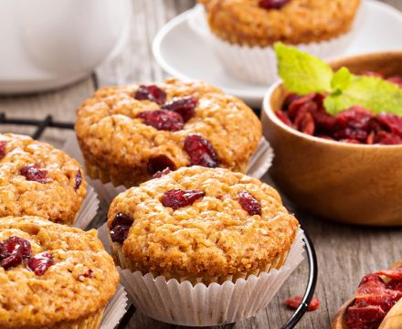 Green tea and cranberry muffins